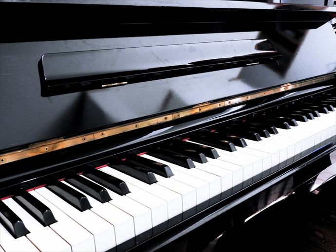 ピアノ設置の床補強